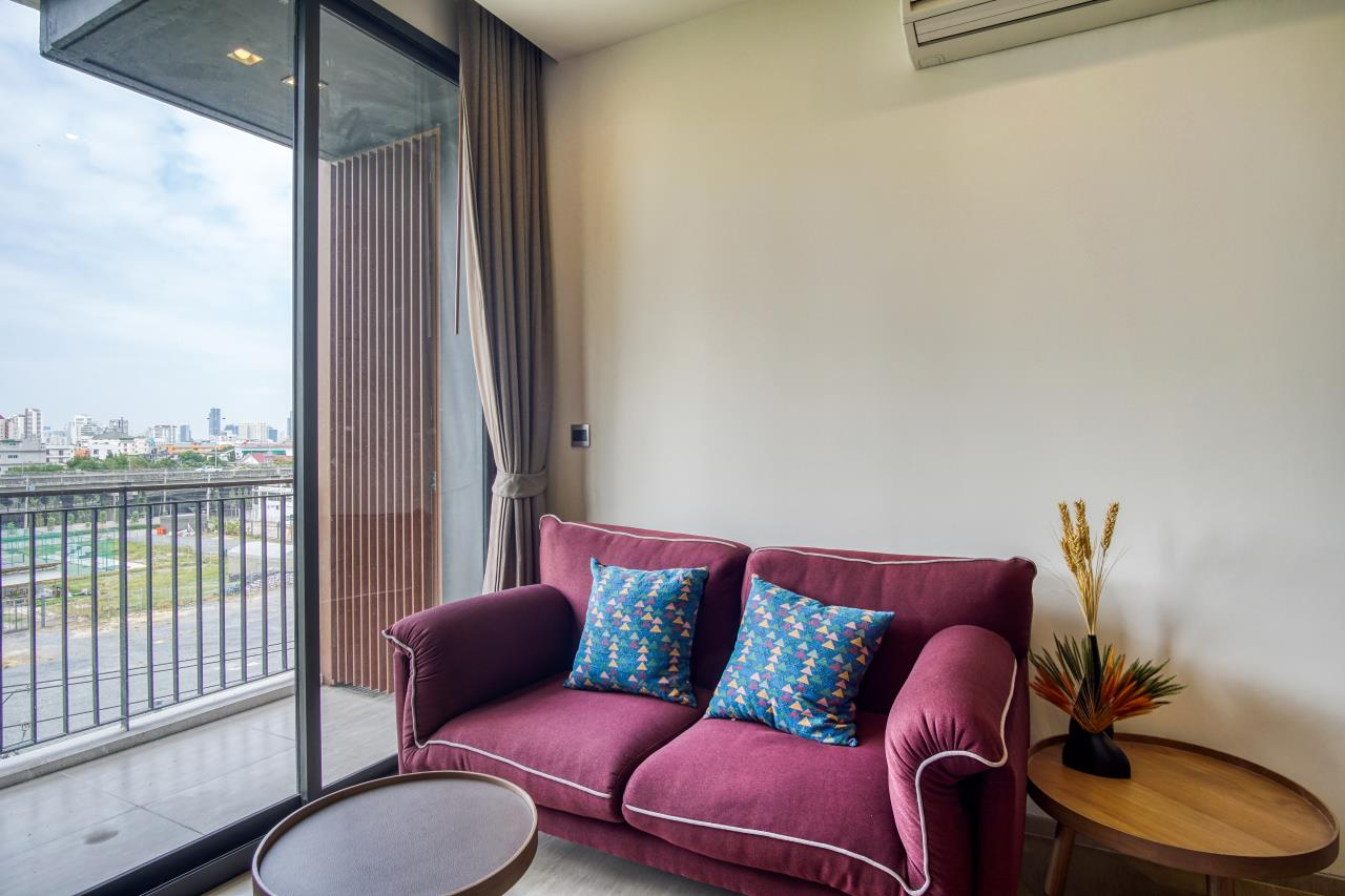 Hostmaker Bangkok Agency's Stunning 1 Bed Apt w/ Balcony in Mori Haus Condo 1