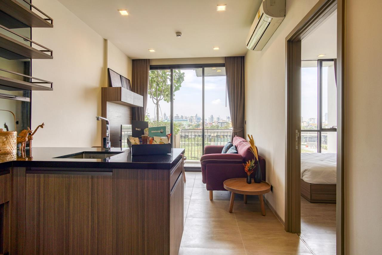 Hostmaker Bangkok Agency's Stunning 1 Bed Apt w/ Balcony in Mori Haus Condo 11
