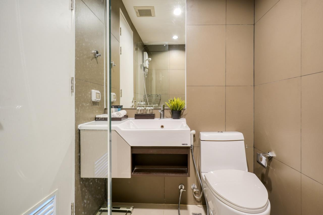 Hostmaker Bangkok Agency's Welcoming 1 Bed Apt in Movenpick Residences Ekkamai 20