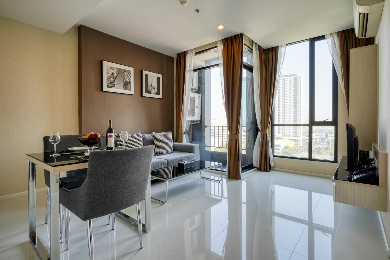 Hostmaker Bangkok Agency's Welcoming 1 Bed Apt in Movenpick Residences Ekkamai 17