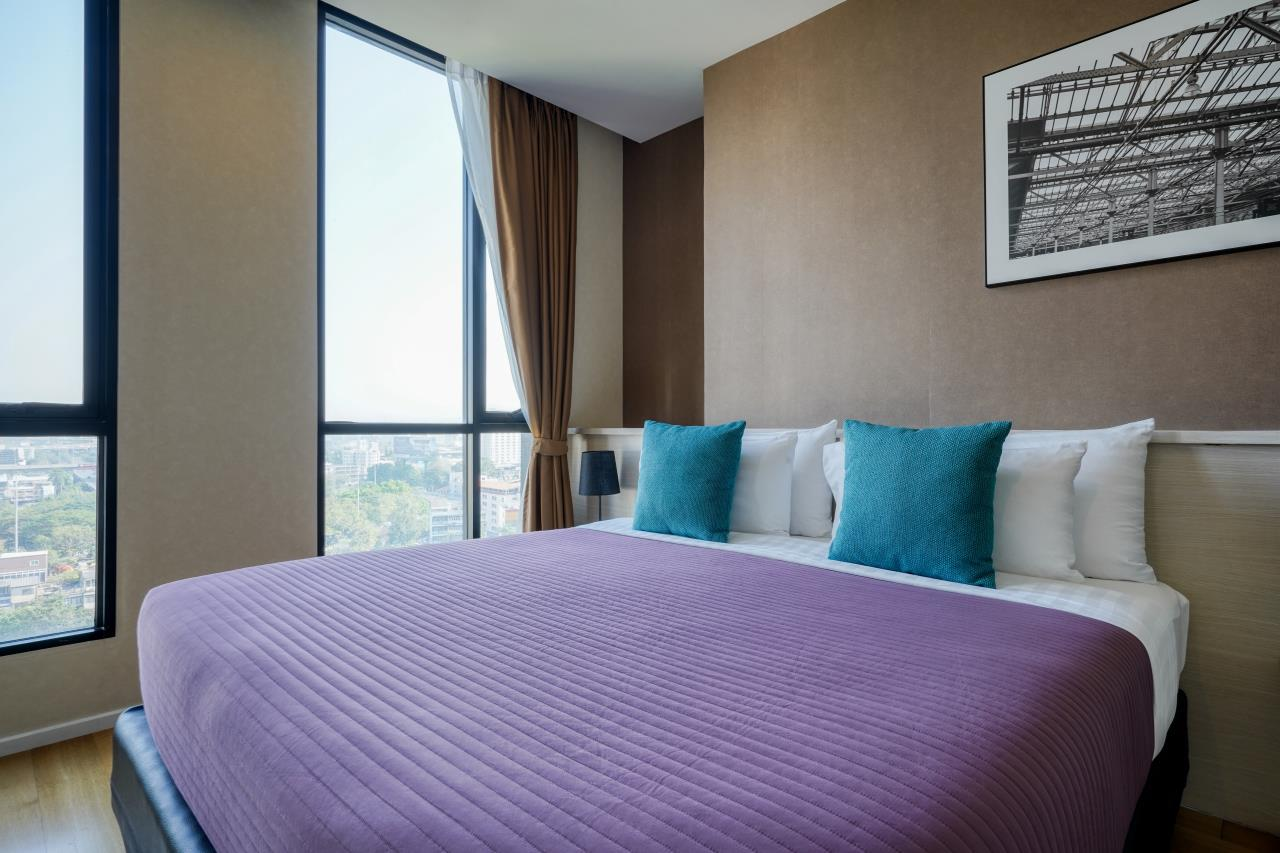 Hostmaker Bangkok Agency's Welcoming 1 Bed Apt in Movenpick Residences Ekkamai 3
