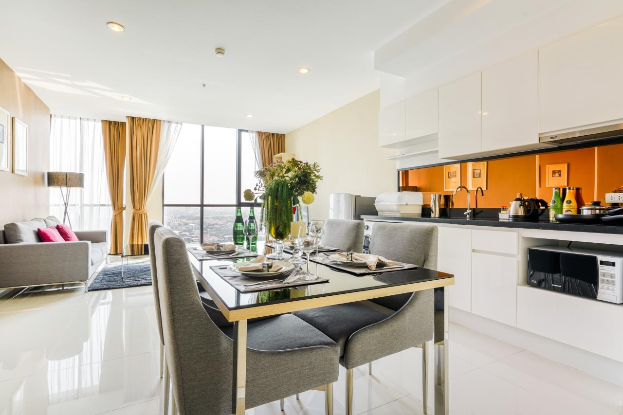Hostmaker Bangkok Agency's Chic 2Bed 2Bath Apt in Movenpick Residences Ekkamai w/housekeeping service 3