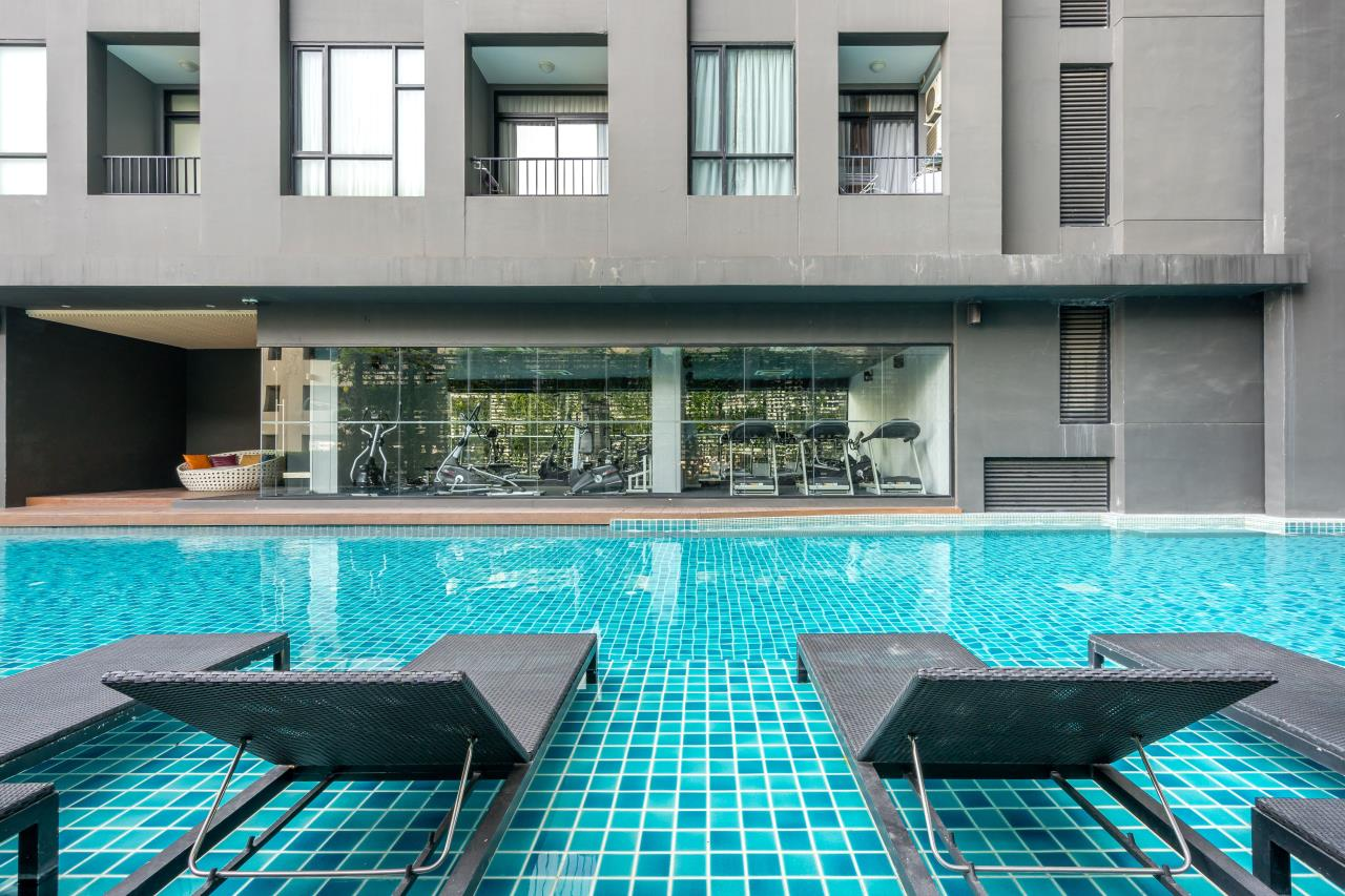 Hostmaker Bangkok Agency's Chic 2Bed 2Bath Apt in Movenpick Residences Ekkamai w/housekeeping service 33