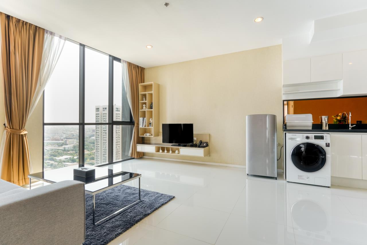 Hostmaker Bangkok Agency's Chic 2Bed 2Bath Apt in Movenpick Residences Ekkamai w/housekeeping service 11