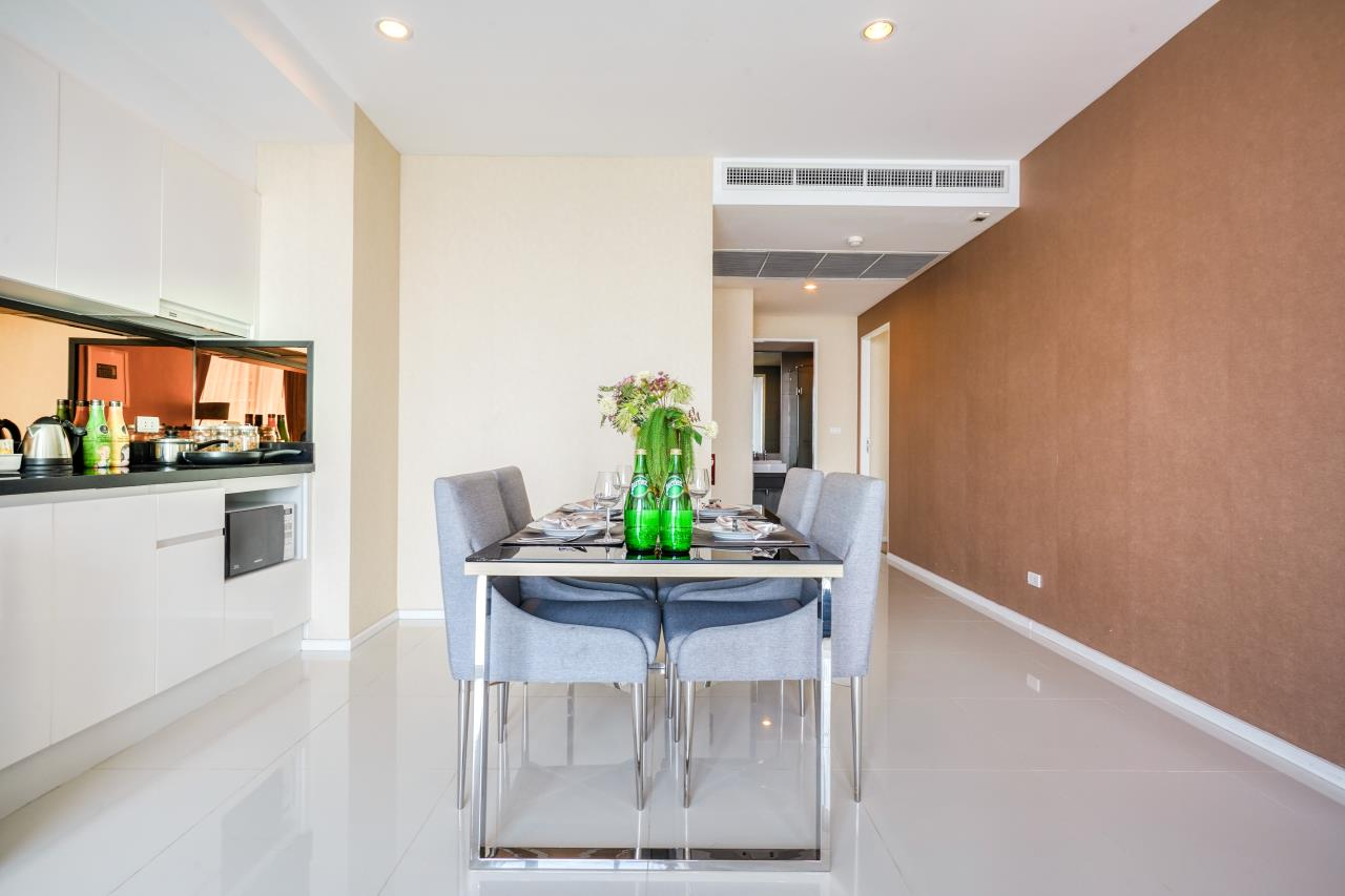 Hostmaker Bangkok Agency's Chic 2Bed 2Bath Apt in Movenpick Residences Ekkamai w/housekeeping service 10