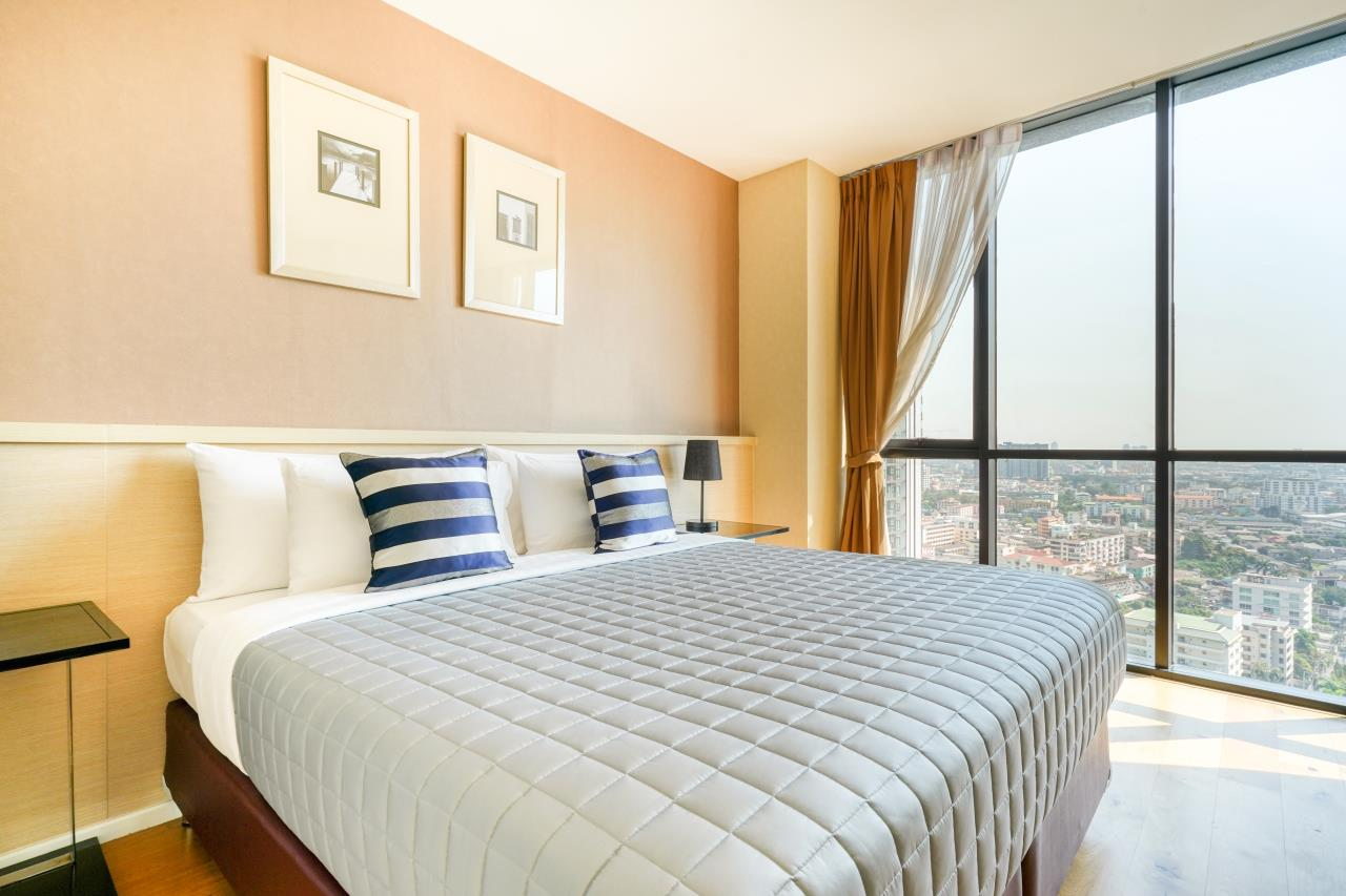 Hostmaker Bangkok Agency's Chic 2Bed 2Bath Apt in Movenpick Residences Ekkamai w/housekeeping service 5