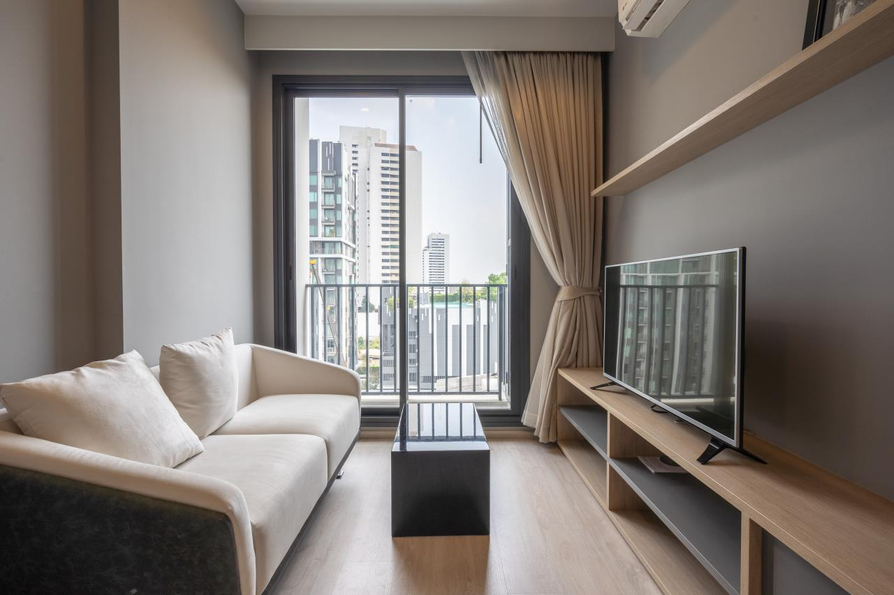 Hostmaker Bangkok Agency's Cozy 1bed in Thong Lo area 15-minute walk from Sukhumvit Road 1