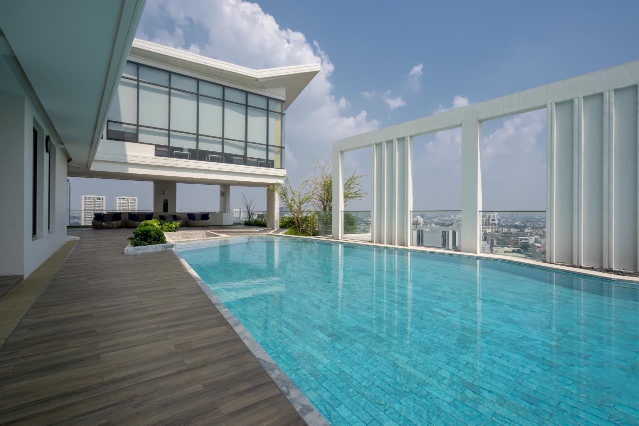 Hostmaker Bangkok Agency's Charming 1 Bed Apt w/ Balcony in Watthana 38