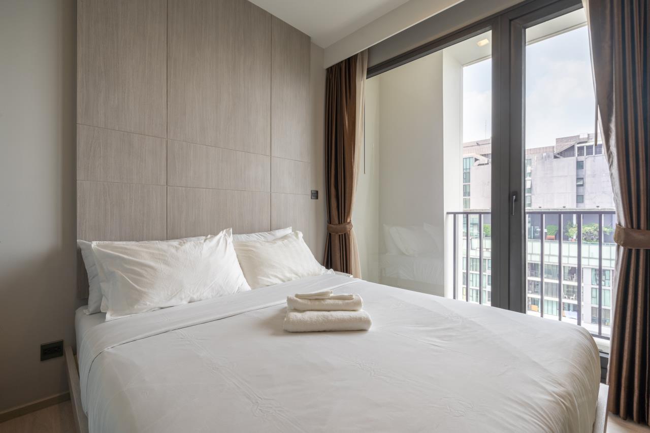 Hostmaker Bangkok Agency's Charming 1 Bed Apt w/ Balcony in Watthana 7