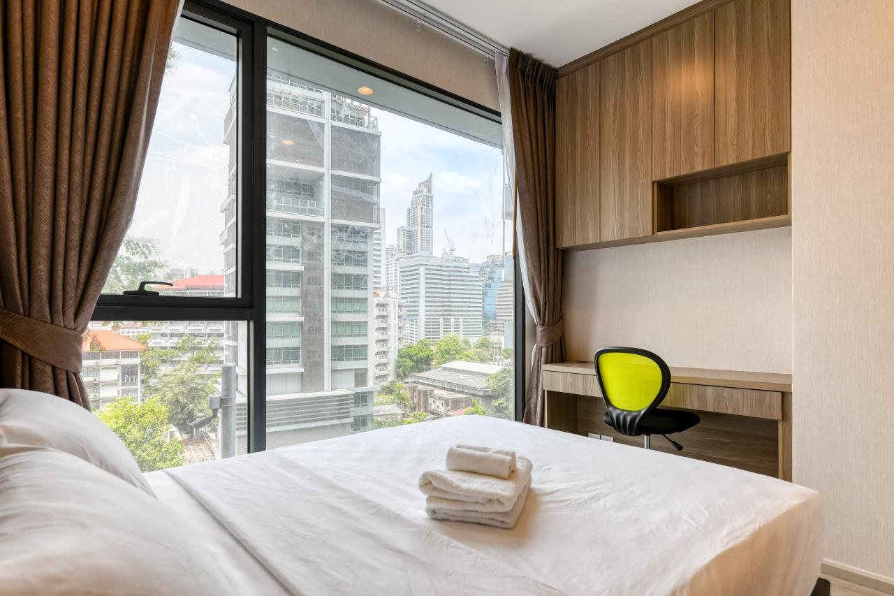 Hostmaker Bangkok Agency's Chic and Modern One Bedroom Condo 5-minute Walk to Phetchaburi MRT Station 6