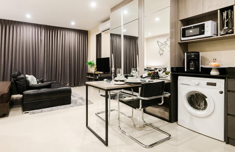 RE/MAX Top Properties Agency's Modern Condominuim Kamala 7