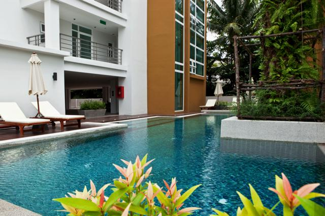 RE/MAX Top Properties Agency's Four Bedrooms Condo central Patong beach  1