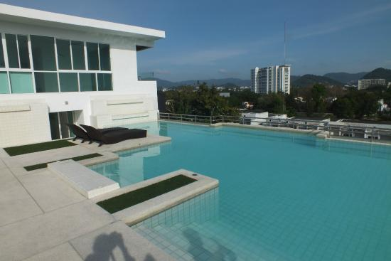 RE/MAX Top Properties Agency's 1 Bedroom Condo in Phuket Town 12
