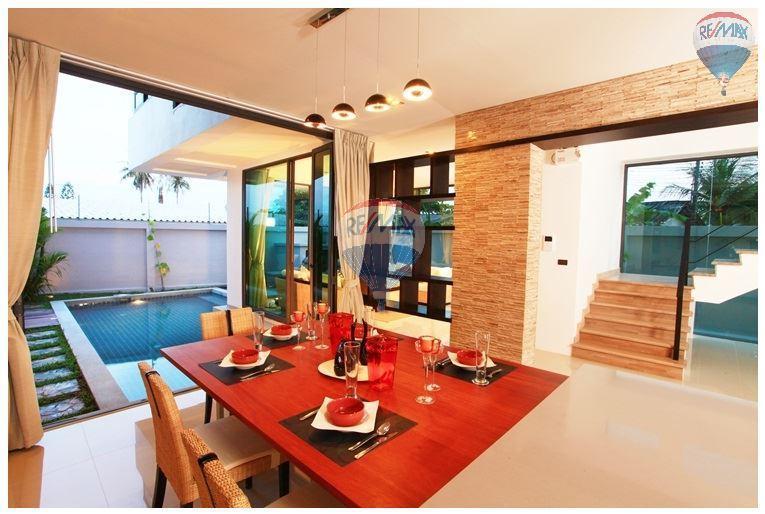 RE/MAX Top Properties Agency's  Luxury Seaview Pool Villas 3 bedrooms, 4 bathrooms in Rawai 11