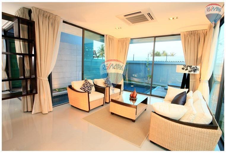 RE/MAX Top Properties Agency's  Luxury Seaview Pool Villas 3 bedrooms, 4 bathrooms in Rawai 13