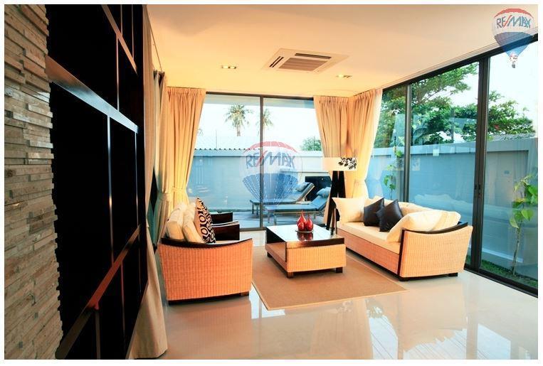 RE/MAX Top Properties Agency's  Luxury Seaview Pool Villas 3 bedrooms, 4 bathrooms in Rawai 14