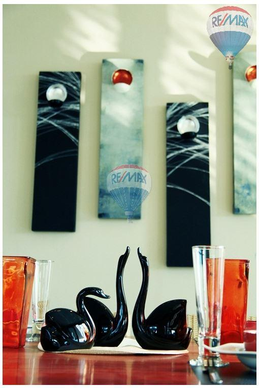 RE/MAX Top Properties Agency's  Luxury Seaview Pool Villas 3 bedrooms, 4 bathrooms in Rawai 15