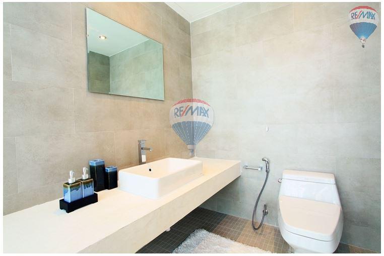 RE/MAX Top Properties Agency's  Luxury Seaview Pool Villas 3 bedrooms, 4 bathrooms in Rawai 39