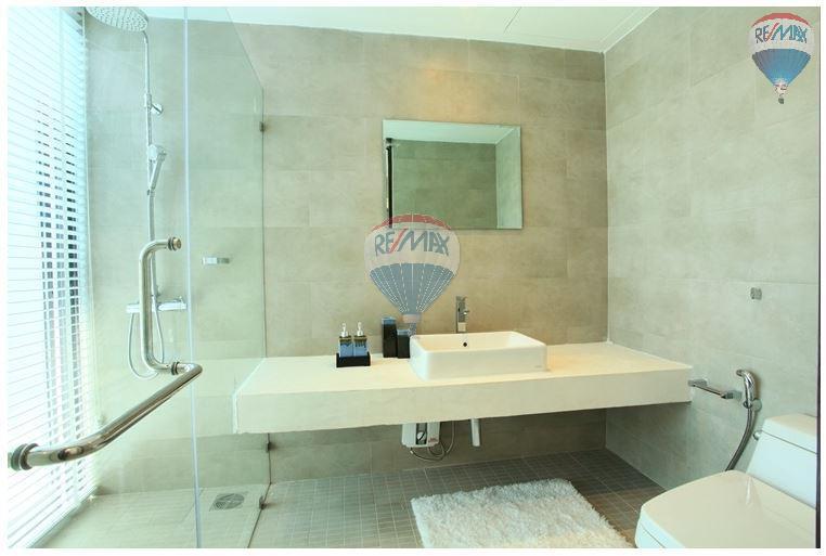 RE/MAX Top Properties Agency's  Luxury Seaview Pool Villas 3 bedrooms, 4 bathrooms in Rawai 40