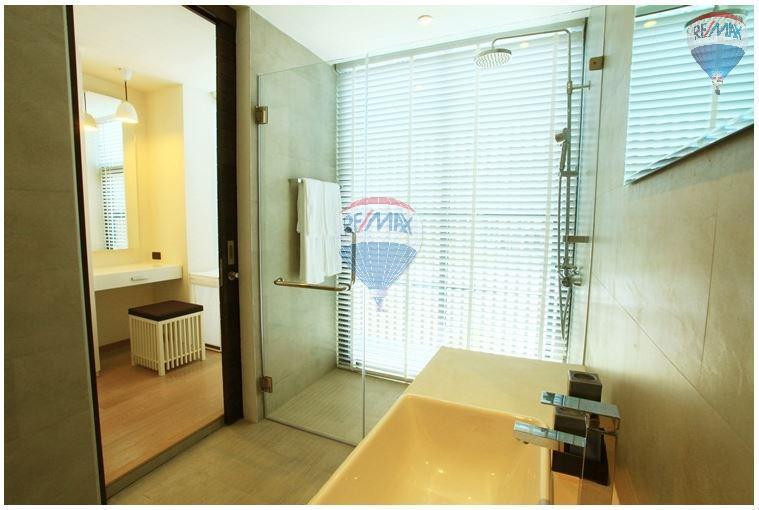 RE/MAX Top Properties Agency's  Luxury Seaview Pool Villas 3 bedrooms, 4 bathrooms in Rawai 42