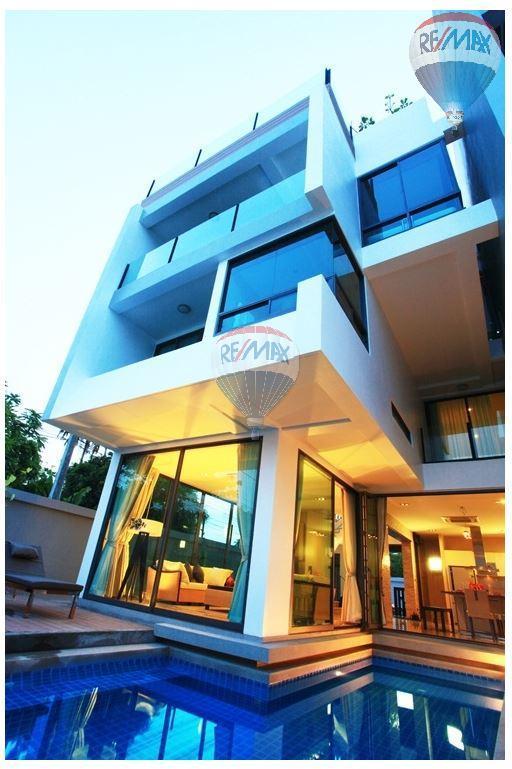 RE/MAX Top Properties Agency's  Luxury Seaview Pool Villas 3 bedrooms, 4 bathrooms in Rawai 53