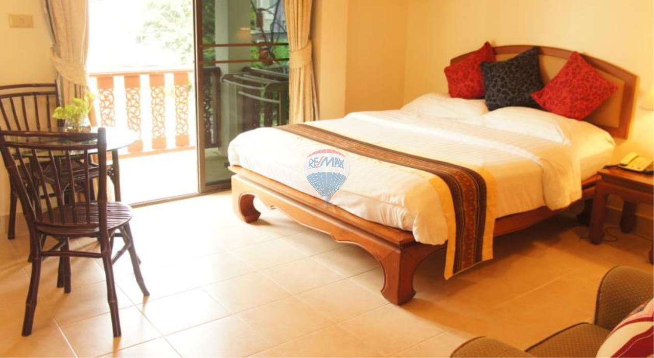 RE/MAX Top Properties Agency's Patong,Apartments Guest house 7