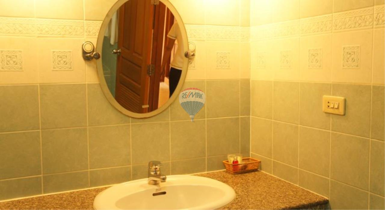 RE/MAX Top Properties Agency's Patong,Apartments Guest house 8