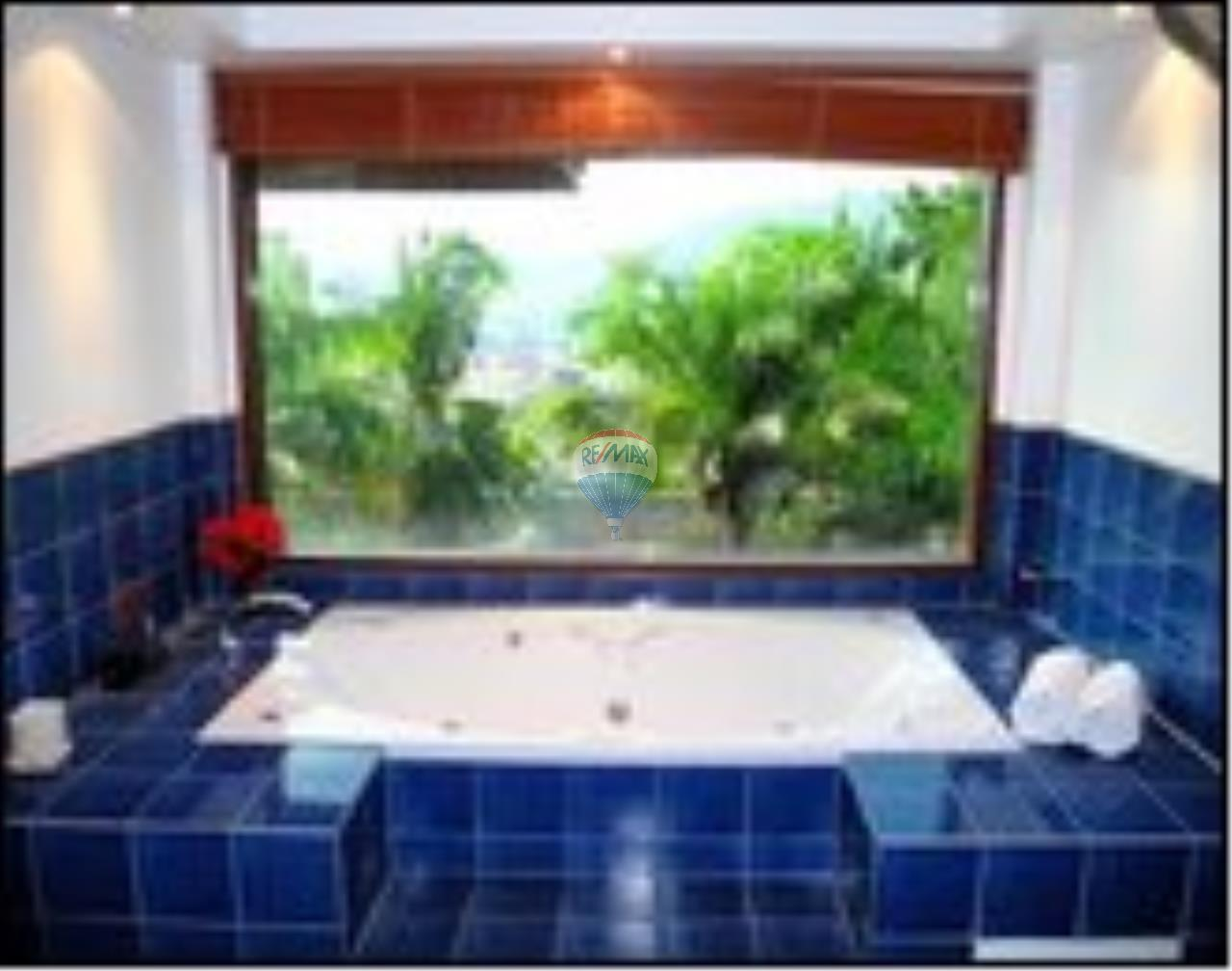 RE/MAX Top Properties Agency's Patong Beach 5Br.pool villas sea view and spa 6