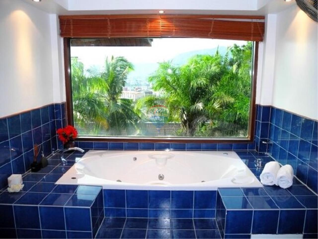 RE/MAX Top Properties Agency's Patong Beach 5Br.pool villas sea view and spa for rent 15