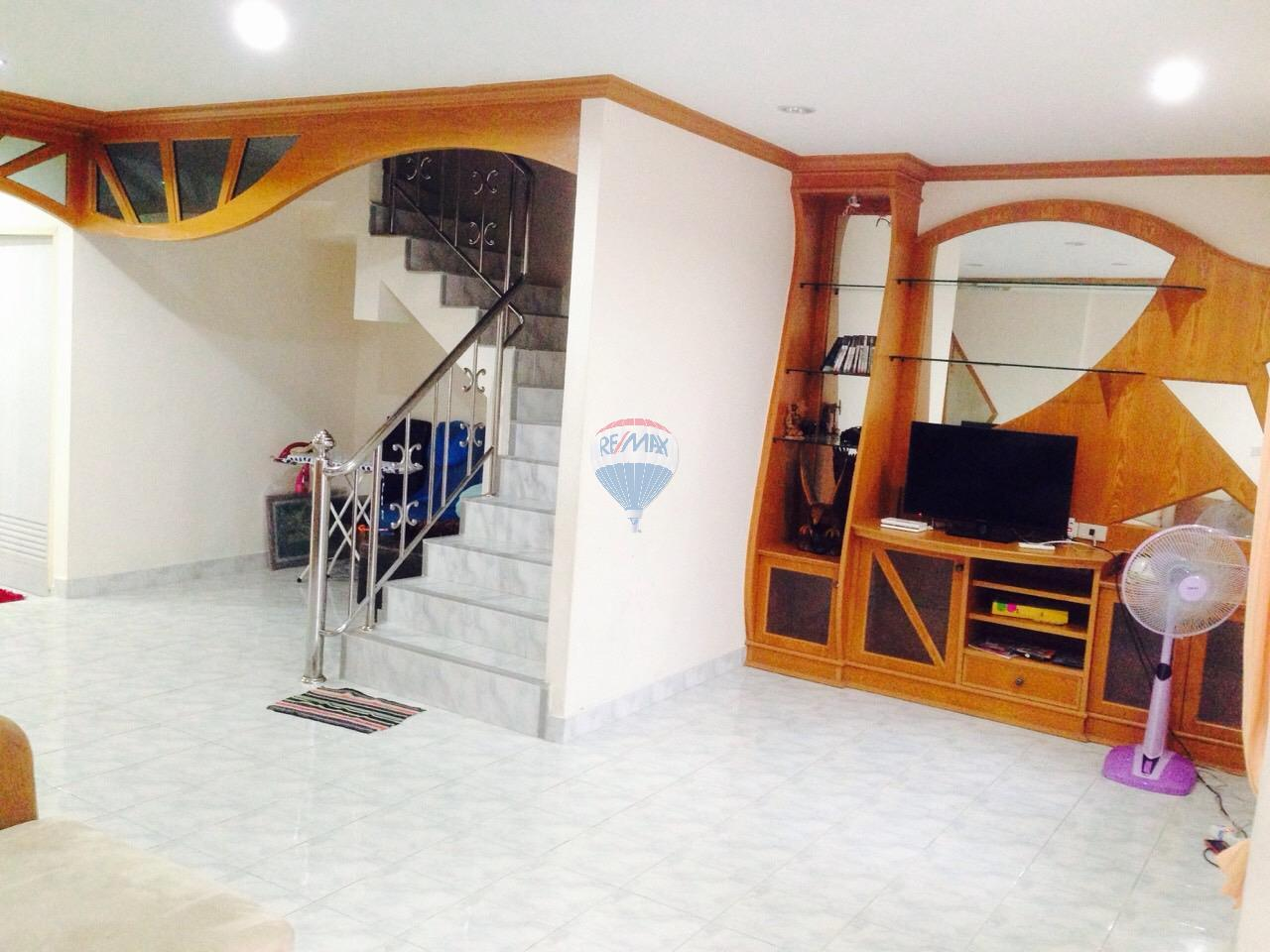 RE/MAX Top Properties Agency's Patong 3 Br. house for rent   4