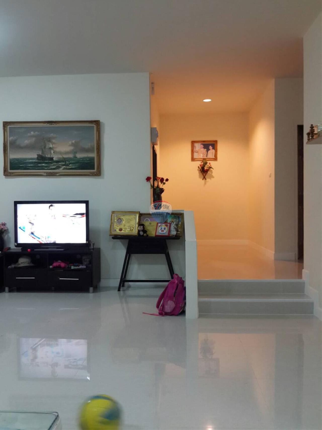 RE/MAX Top Properties Agency's Phuket Town 3Br.single house for sale 9