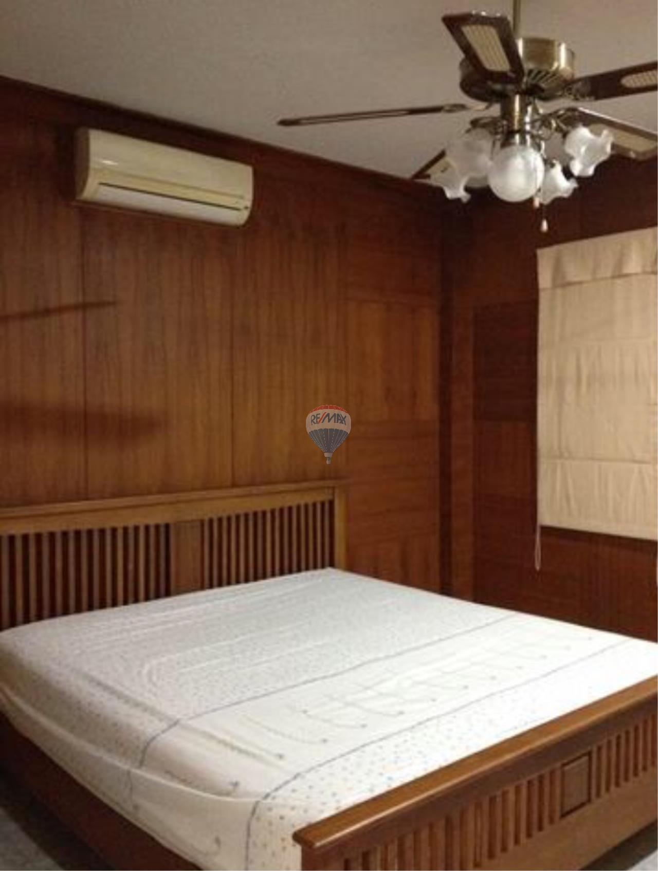 RE/MAX Top Properties Agency's Paklok Thalang 2villas for rent 3