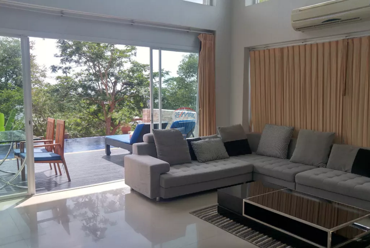RE/MAX Top Properties Agency's PATONG - Beautiful Sea view 4 bedrooms Villa - GREAT DEAL! 2
