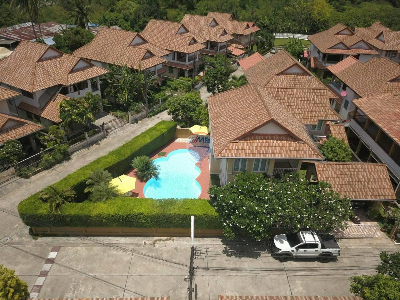 RE/MAX Top Properties Agency's Kathu, Phuket - PRIVATE POOL VILLA 4 BEDROOMS 1