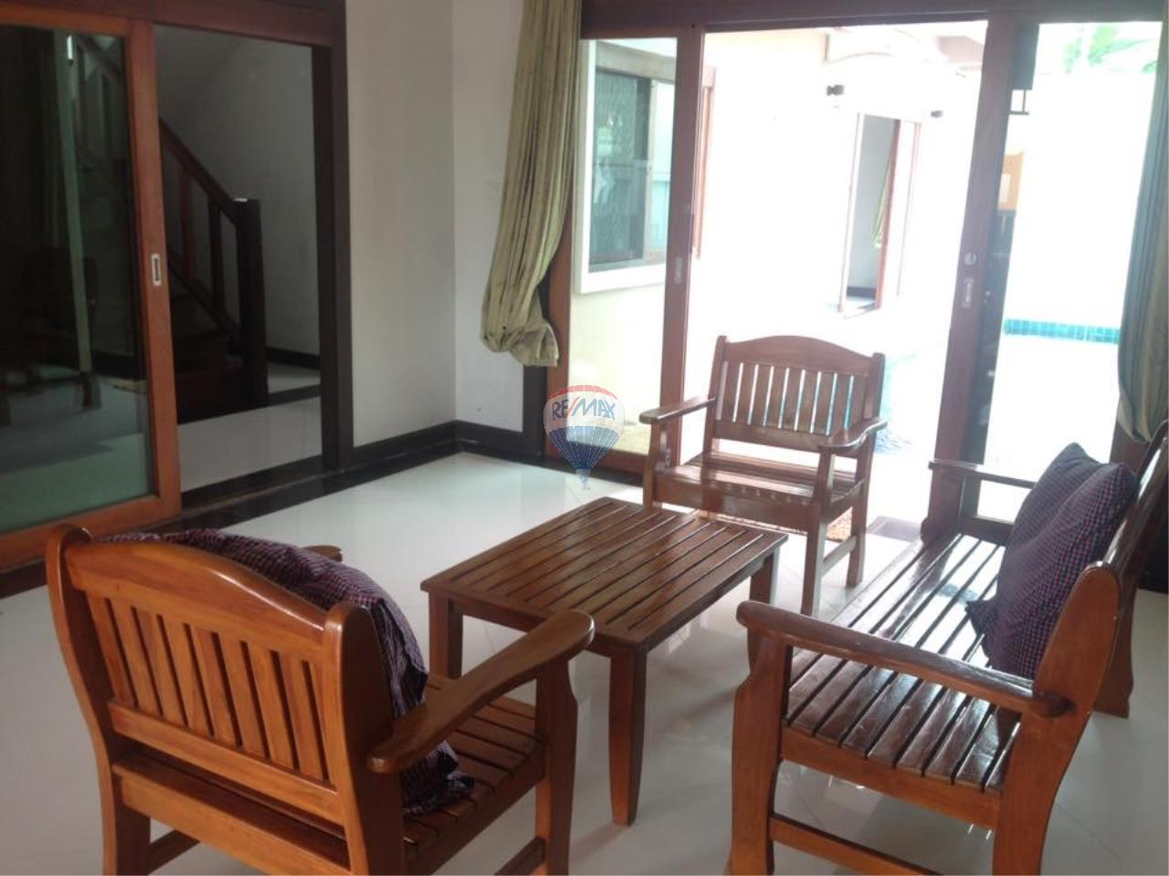 RE/MAX Top Properties Agency's Rawai 3Br.Pool.villa for rent 3