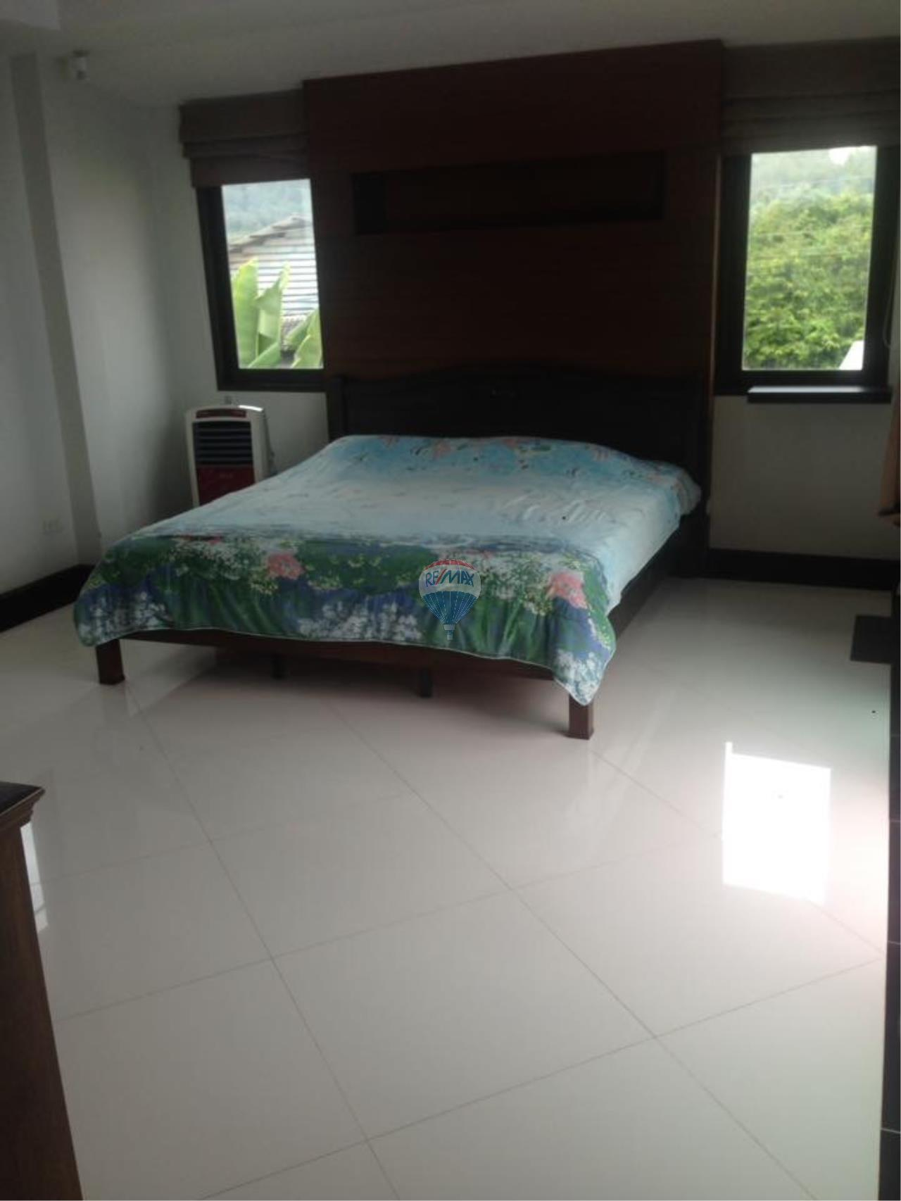 RE/MAX Top Properties Agency's Rawai 3Br.Pool.villa for rent 8