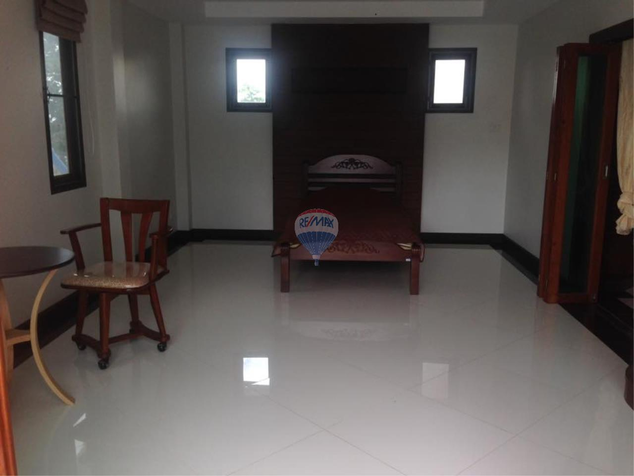 RE/MAX Top Properties Agency's Rawai 3Br.Pool.villa for rent 12