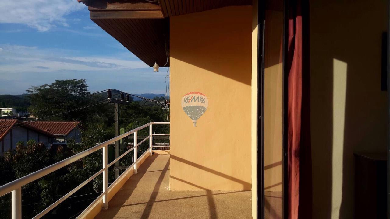 RE/MAX Top Properties Agency's Ban Ku Ku,Ratchapat Phuket University3Br.villa for rent 4