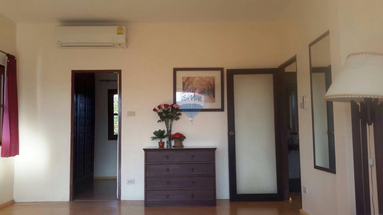 RE/MAX Top Properties Agency's Ban Ku Ku,Ratchapat Phuket University3Br.villa for rent 2