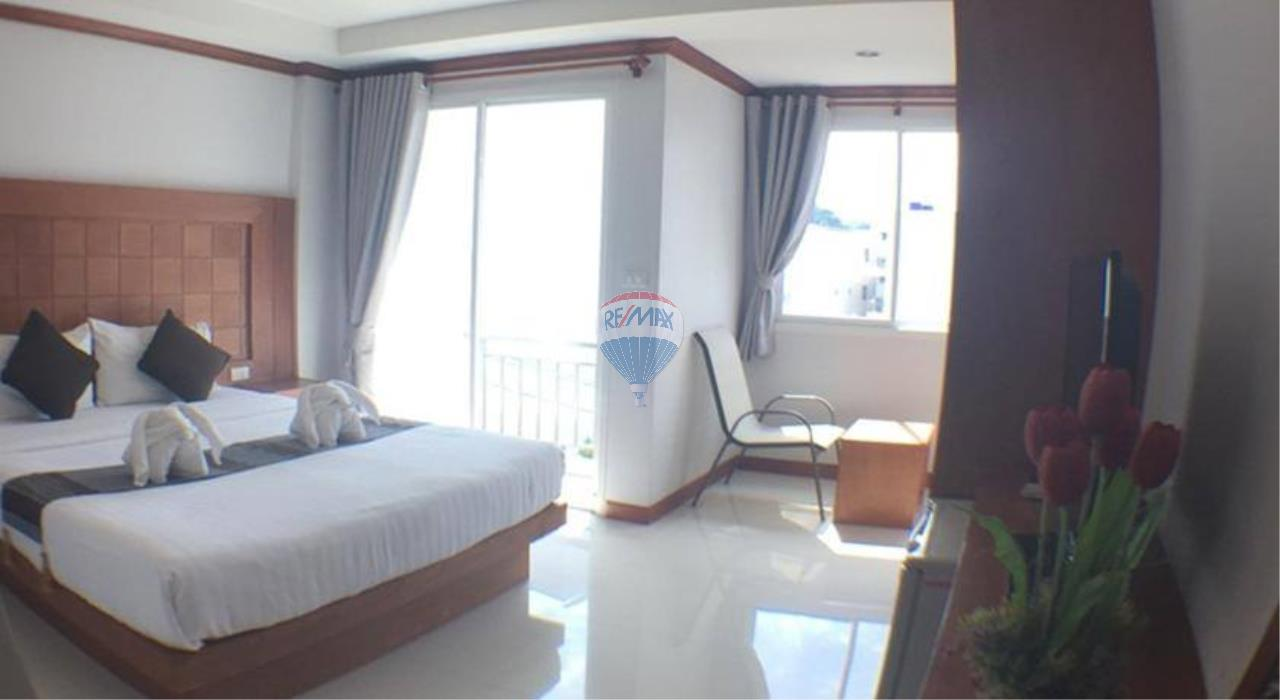 RE/MAX Top Properties Agency's Patong beach guesthouse 12 room for lease  3