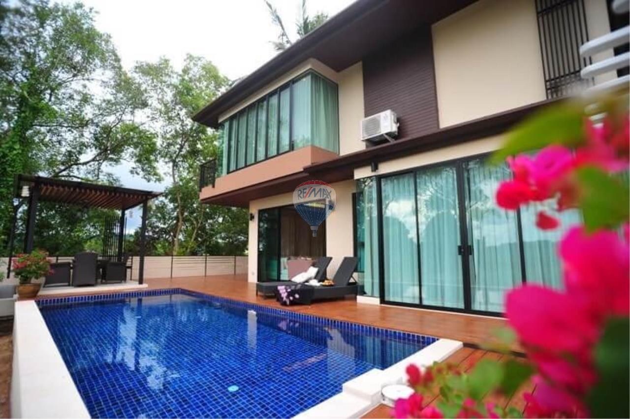 RE/MAX Top Properties Agency's Pool Villa for rent 1
