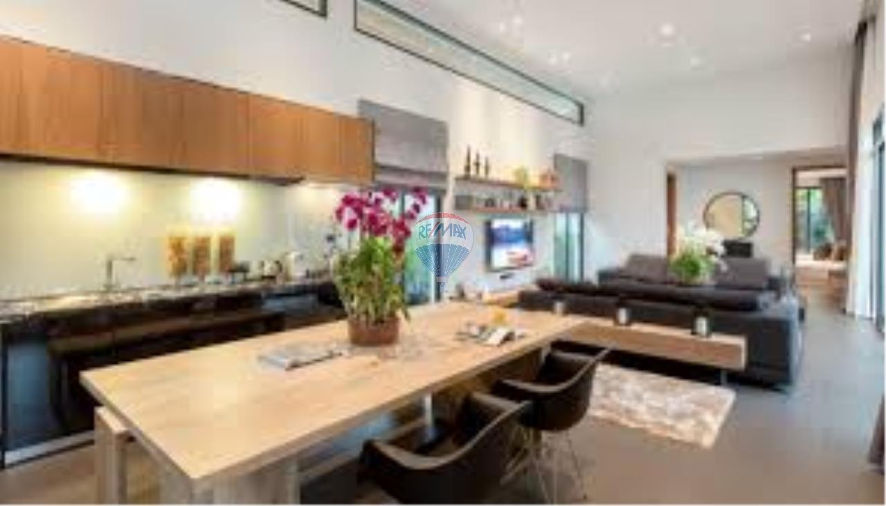 RE/MAX Top Properties Agency's Tropical pool villa 5
