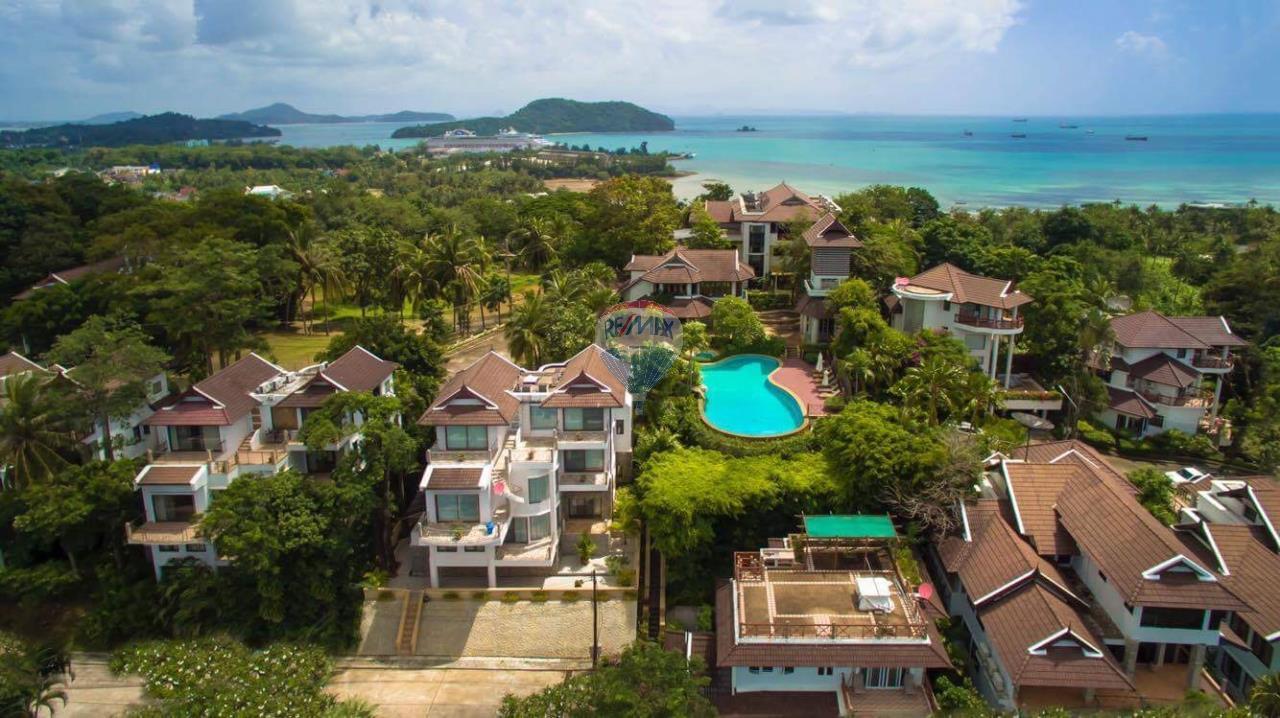 RE/MAX Top Properties Agency's Phuket Panwa beach luxury villas 5 Br.for rent 2