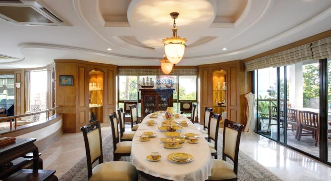RE/MAX Top Properties Agency's Phuket Panwa beach luxury villas 5 Br.for rent 8