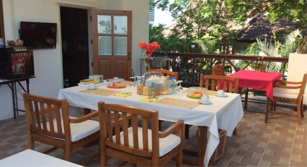 RE/MAX Top Properties Agency's Phuket Panwa beach luxury villas 5 Br.for rent 15