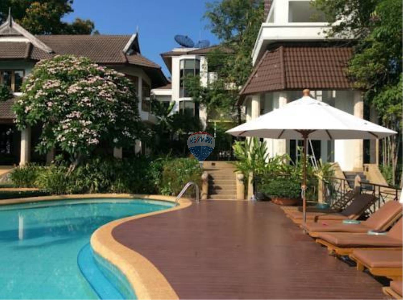 RE/MAX Top Properties Agency's Phuket Panwa beach luxury villas 5 Br.for rent 16