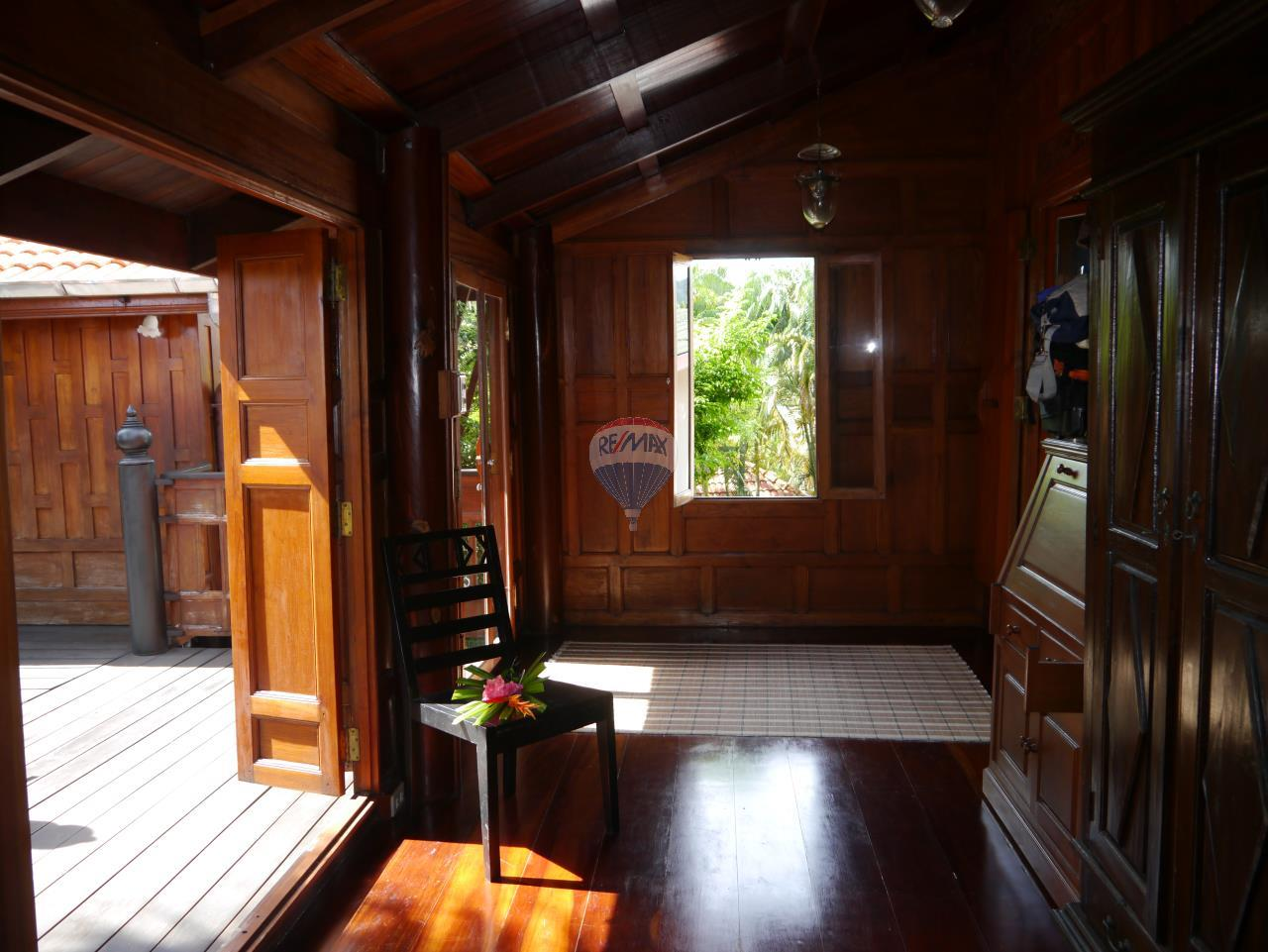 RE/MAX Top Properties Agency's PHUKET - STUNNING UNIQUE THAI SPIRIT AYUTTHAYA STYLE VILLA 11