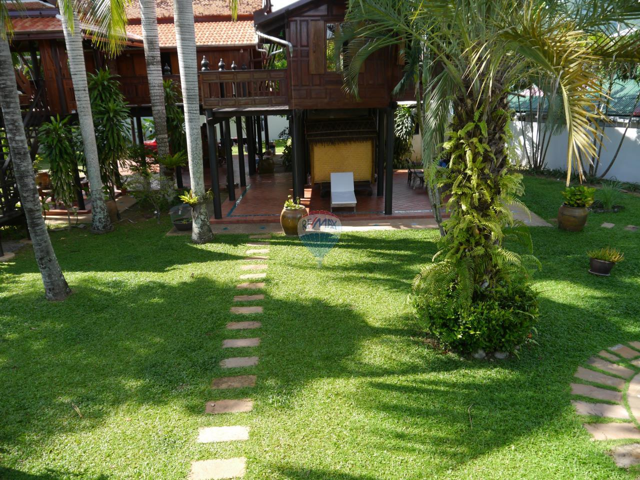 RE/MAX Top Properties Agency's PHUKET - STUNNING UNIQUE THAI SPIRIT AYUTTHAYA STYLE VILLA 27