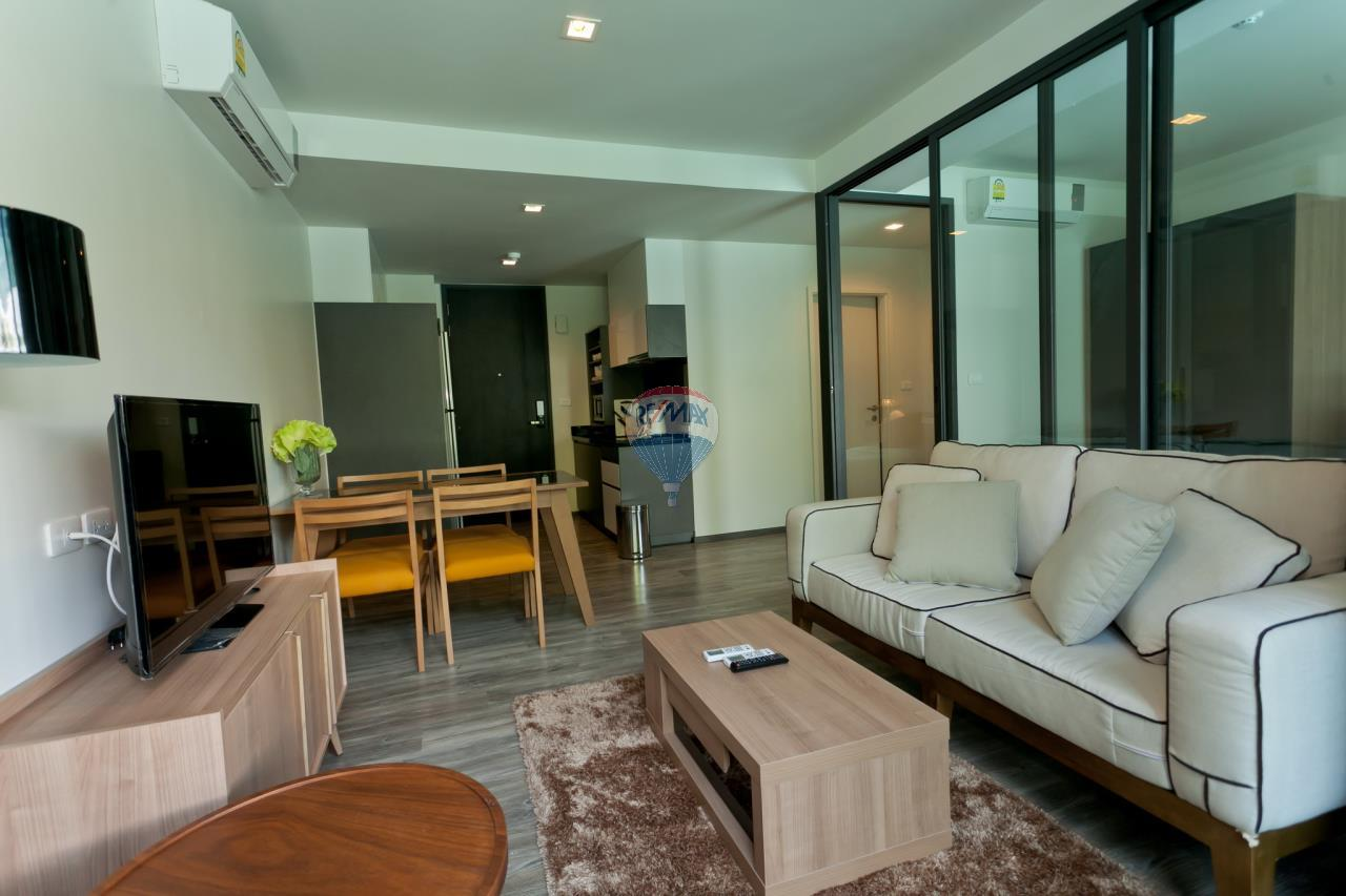 RE/MAX Top Properties Agency's Patong beach 1Br. condo for rent 3
