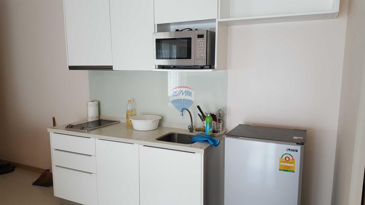 RE/MAX Top Properties Agency's Condo 75 sq.meters in Kalim Patong 4